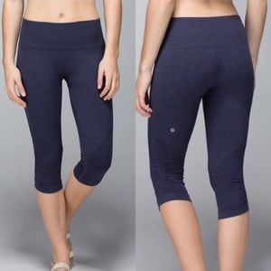 Lululemon In The Flow seamless crop in cadet blue
